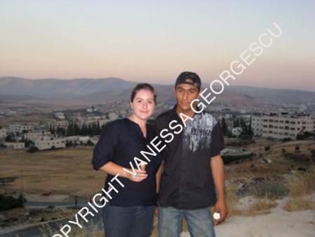 Raed et moi du haut du camp de réfugiés Askar, Palestine